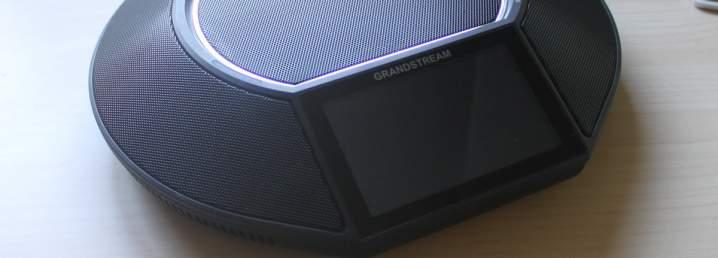 Review del teléfono de conferencias de Grandstream GAC2500