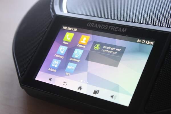 Review del teléfono de audio conferencias de Grandstream GAC2500